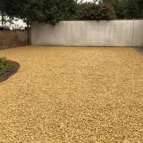 image of gravel driveway